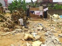 VIOLENCE DE TREMBLEMENT DE TERRE SUR L'ENVIRONNEMENT DANS L'AFRIQUE DE L'EST image libre de droits