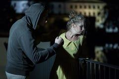 Violence sur la rue images stock