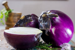 Violet eggplant, fresh healthy vegetables Royalty Free Stock Photos