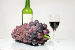 Violet grape and glasses of vine Royalty Free Stock Photo
