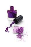 Violett ögonskugga och spikar polermedel Royaltyfri Foto
