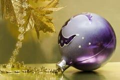violett bolljul royaltyfria foton