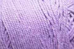 Violett garn arkivbilder