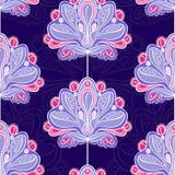 Violetta blommor Arkivbild