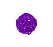 Violette Kugel getrennt auf weißem Hintergrund Stockfotografie