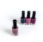 Violette Ton nailpolishes Stockfoto