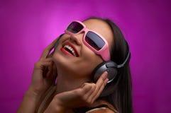 Violetter Rhythmus Stockbild