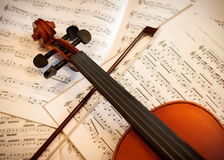 Violin with bow Royalty Free Stock Image