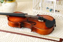 Violin on the table Royalty Free Stock Images