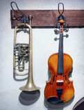 Violin and trumpet Royalty Free Stock Photography