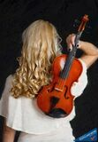 Violin woman - ID: 16218-130655-0946 Royalty Free Stock Images