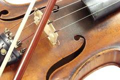 Violine mit Bogen Stockfotos
