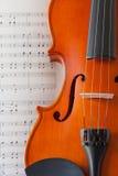Violine und Anmerkung Stockfoto
