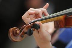 Violinen-Spieler lizenzfreie stockfotos