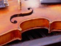 Violinen- und G-Schlüssel lizenzfreies stockfoto