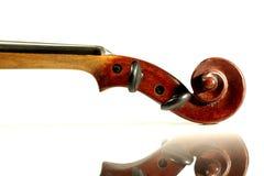 Violinenrolle getrennt auf Weiß Lizenzfreies Stockbild