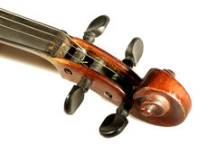 Violinenrolle getrennt auf Weiß stockbild