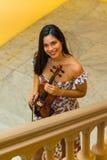 Violinist auf Treppe Stockbilder