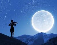 Violinista da mulher Fotografia de Stock Royalty Free