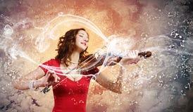 Violinista de la mujer Foto de archivo libre de regalías