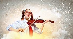 Violinista della giovane donna Fotografia Stock Libera da Diritti