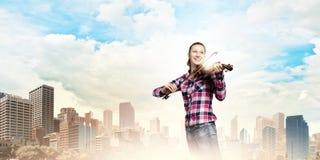 Violinista della ragazza Fotografia Stock Libera da Diritti