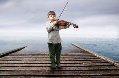Violinista joven Fotografía de archivo libre de regalías