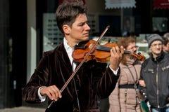 Violinista que juega en la calle 3 Foto de archivo