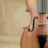 Violino con la decorazione del fondo Immagini Stock Libere da Diritti