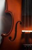 Violino de madeira da vista superior, conceito da música Fotos de Stock Royalty Free