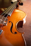 Violino de madeira, instrumento de música Imagem de Stock