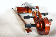 Violino e curva. Fotos de Stock