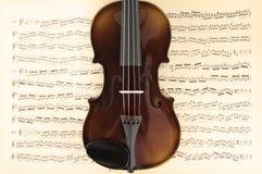 Violino e folha de música Fotografia de Stock Royalty Free
