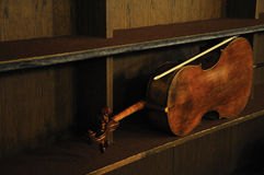 Violoncello. Sweat musical instrument waiting for its next part in symphonie Royalty Free Stock Photos