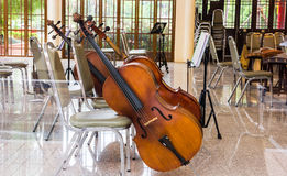 Violoncello in music room Royalty Free Stock Images