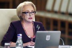 Viorica Dancila - reunião do governo - política romena imagem de stock royalty free