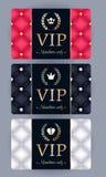 VIP kaarten met samenvatting gewatteerde achtergrond Stock Afbeeldingen