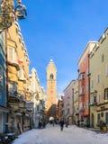 Vipiteno小镇的历史的中心的看法  库存照片