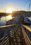 Vire a de hacia el lado de babor plaisance, el puerto del ocio de Hendaye, Aquitania, franco Foto de archivo