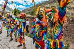 Virgen del Carmen parade de Peruviaanse Andes Pisac Peru stock foto