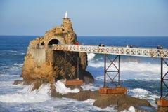 Virgen en el rocho en Biarritz Imagen de archivo libre de regalías