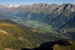 Virgental en Osttirol Austria en una mañana soleada Imágenes de archivo libres de regalías