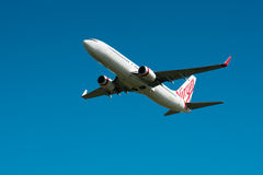 Virgin Airways Boeing 737 in flight Royalty Free Stock Photography