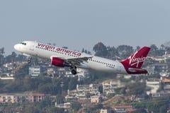 Virgin America Aerobus A320-214 N640VA odjeżdża San Diego lotnisko międzynarodowe Zdjęcia Royalty Free
