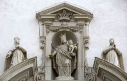 Virgin Mary με το μωρό Ιησούς και Catherine της Σιένα και Agnes Montepulciano Στοκ εικόνα με δικαίωμα ελεύθερης χρήσης