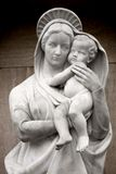 Virgin Mary with baby Jesus. Statue Royalty Free Stock Photos