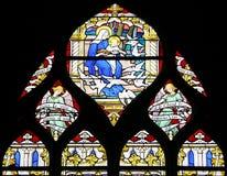 Virgin Mary e bambino santo (finestra di vetro macchiata) Immagini Stock Libere da Diritti