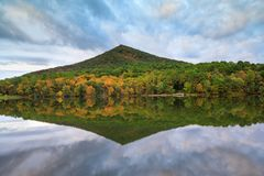 Virginia Sharp Top Mountain Royalty Free Stock Photography