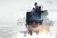 Virtuele werkelijkheidservaring Technologie?n van de toekomst Gemengde media royalty-vrije stock foto