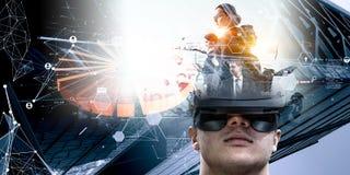 Virtuele werkelijkheidservaring Technologie?n van de toekomst Gemengde media royalty-vrije stock afbeeldingen